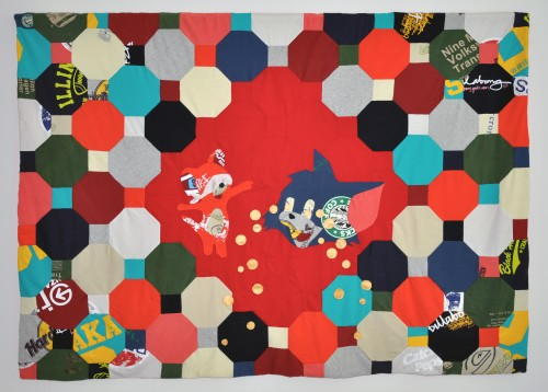 Cat, mouse and Deng, T-Shirts, Textilien,  200 × 150 cm, 2012